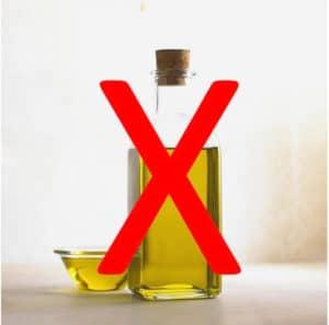 Bei Heißluftfritteusen ist meist kein zusätzliches Öl oder Fett notwendig!