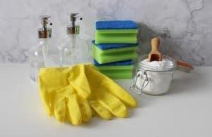 Die Reinigung der Heißluftfritteuse ist sehr einfach.